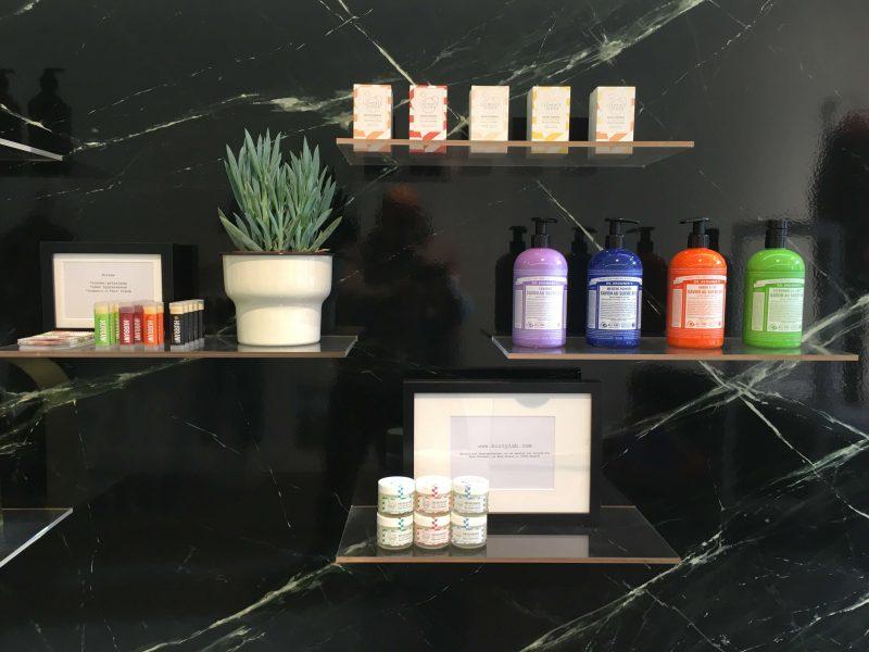 Organic Beauty Corner Dr.Bronners, Clemence & Vivien, Hurraw